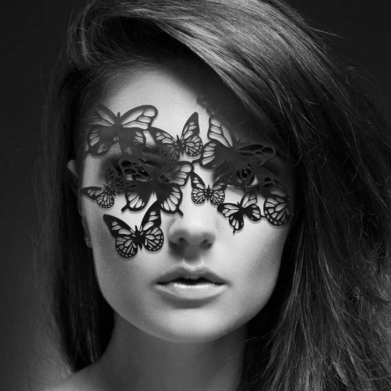 Маска из бабочек «Sybille»