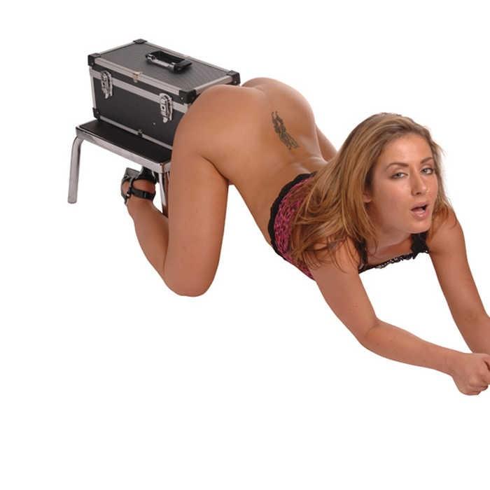Секс-машина в чемодане «Tool Box» с двумя насадками и вибратором (Фото 5)